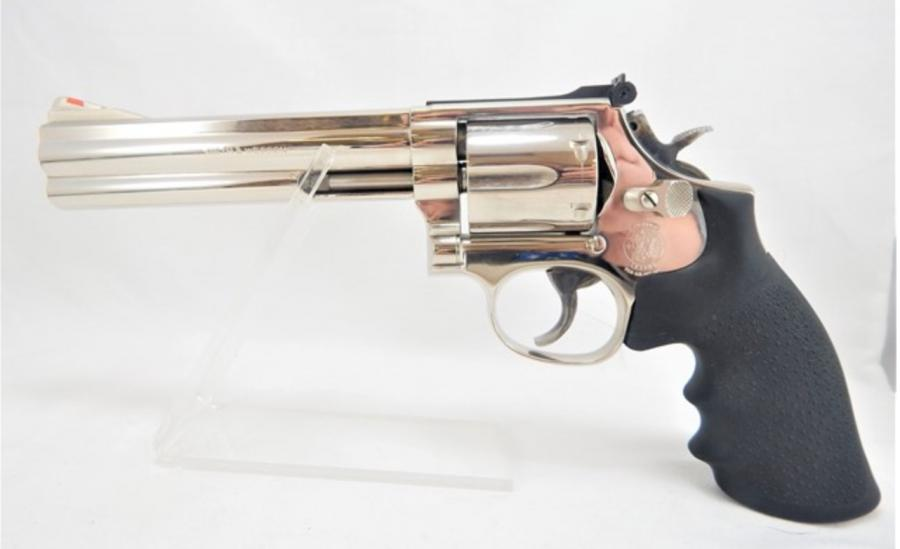 Smith & Wesson 586-2 357magnum 6""