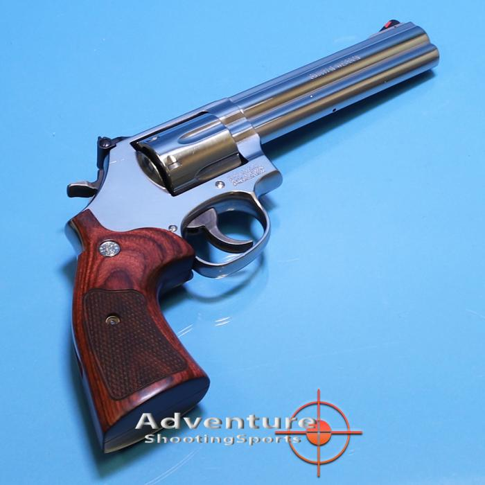 "Smith & Wesson 686-6 6"" .357mag"